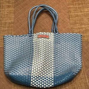 Vineyard vines woven blue beach bag